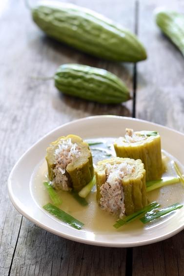 1-bitter-melon-soup-canh-kho-qua